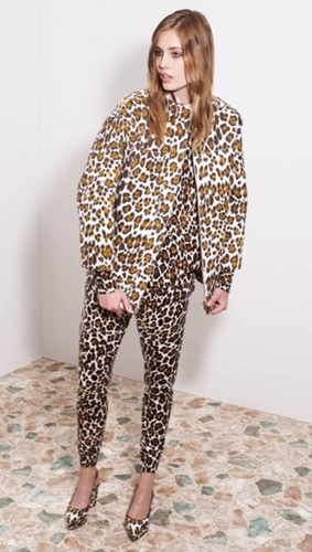 El total Look leopardo de Stella McCartney
